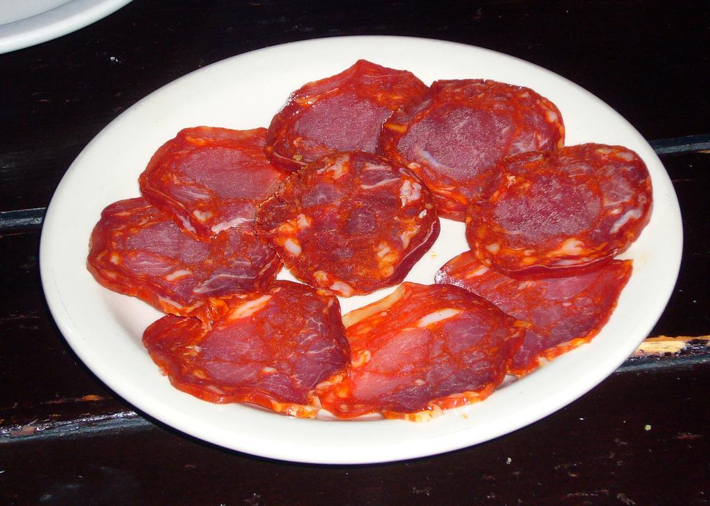 Chorizo. Imagen de Kent Wang