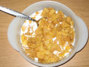 ellogg's Simply Cinnamon Corn Flakes